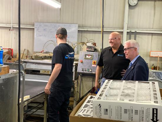 Bill Johnson toured Skuttle Indoor Air Products on February 21 in Marietta.