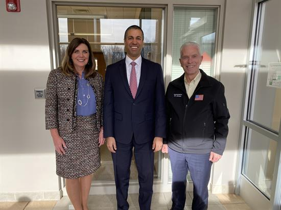 Rep. Bill Johnson, FCC Chairman Ajit Pai, and Washington State Community College President Vicky Wood on January 22.